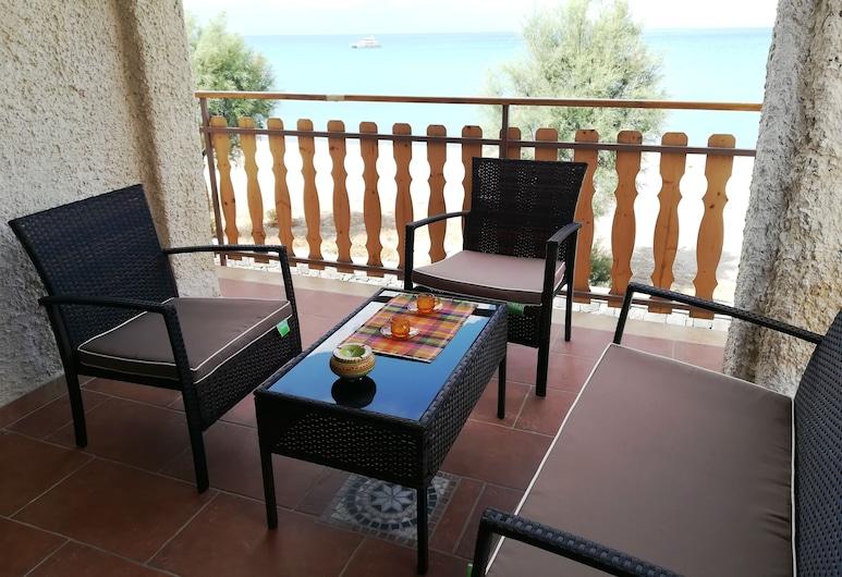 Holiday House Noemi, Augusta, Apartament standardowy, 2 sypialnie, widok na morze, widok na wodę, Taras/patio