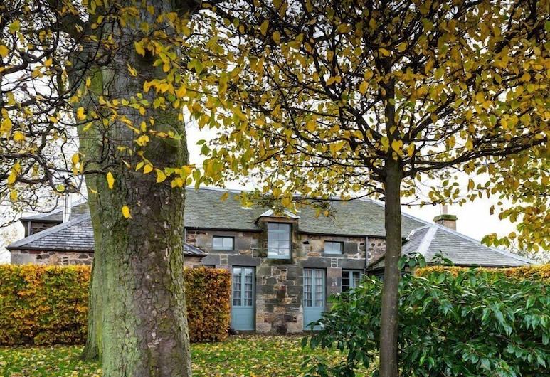 Coach House, Dunbar, Garden