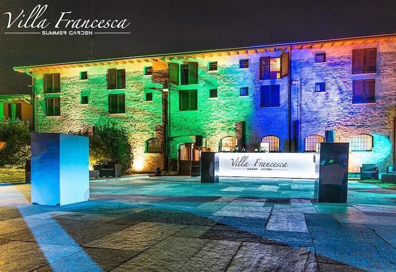 Albergo Villa Francesca Beauty Spa, איסורלה, חזית המלון - ערב/לילה