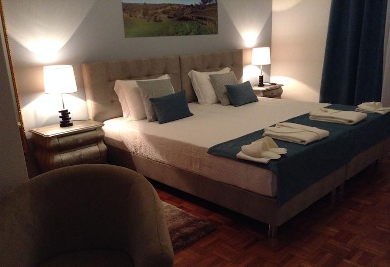 Casa Morgado's Boutique Guesthouse, Grandola, Deluxe Double or Twin Room, Guest Room
