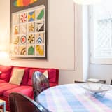 Apartment, 2 Bedrooms, City View - In-Room Dining