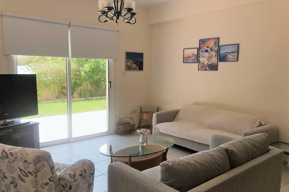 Family Villa - Living Room