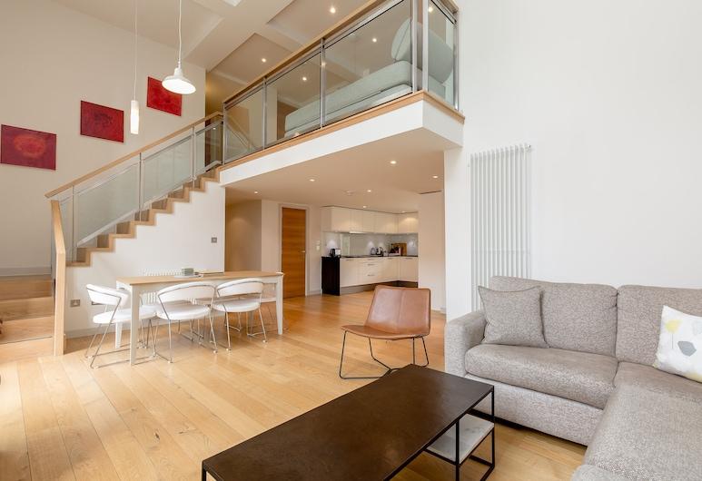 424 - Simpson's Loan Duplex Apartment, אדינבורו, סלון