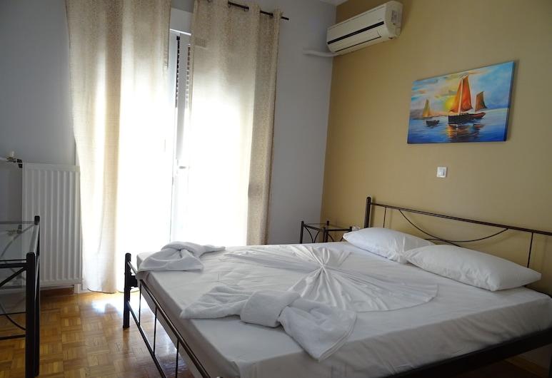 Nice flat near metro Syngrou Fix, Atenas, Apartamento, Quarto