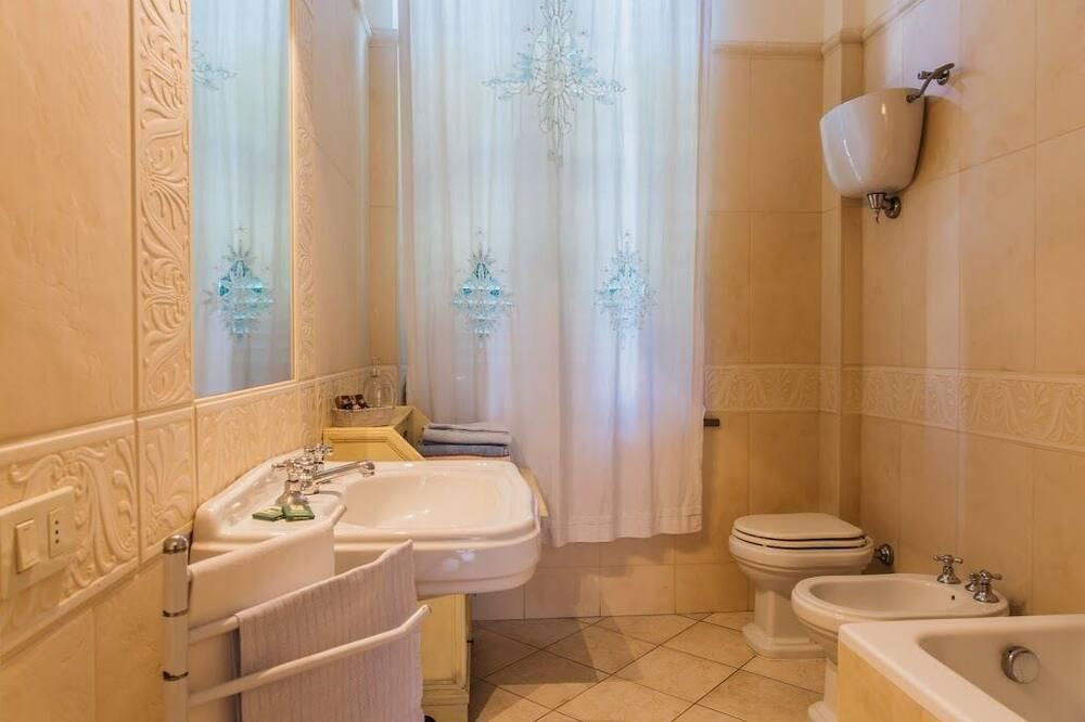 Dvokrevetna soba, zajednička kupaonica - Kupaonica