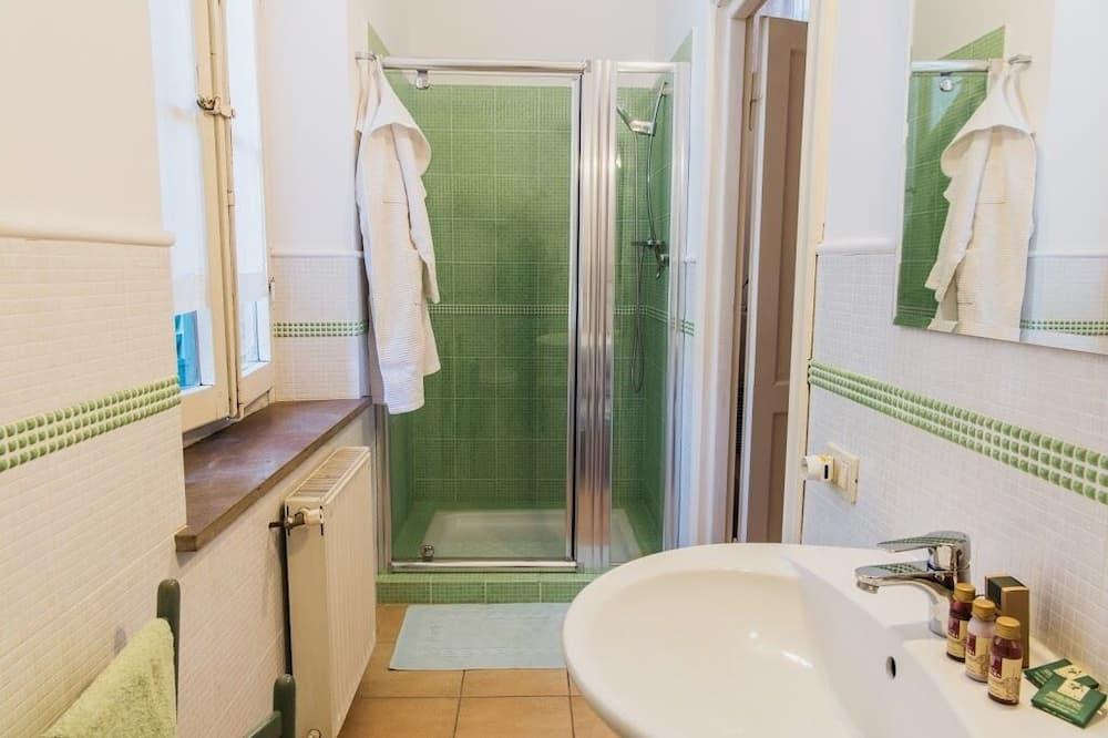 Dvokrevetna soba, privatna kupaonica - Kupaonica