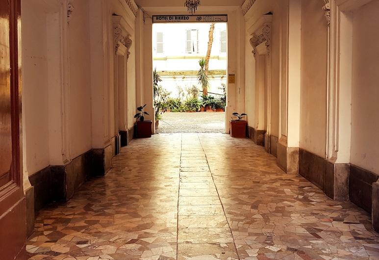 Vertex Palace, 羅馬, 飯店入口