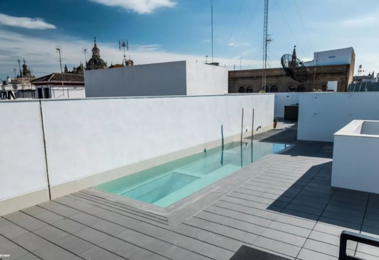 Welldone Quality-Crystal Pool, Seville, Rooftop Pool
