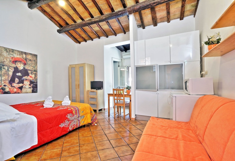 Baccina 88, Rome, Apartment, 1 Bedroom, Room