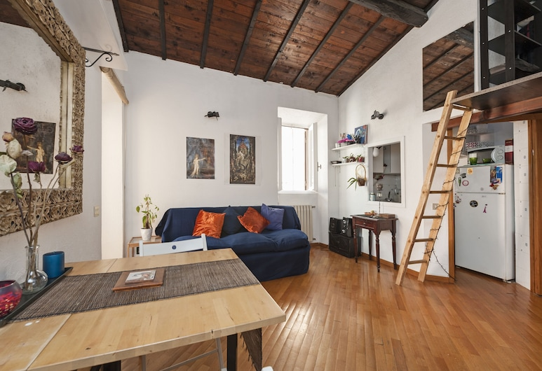 Chiavari, Rome, Apartment, 1 Bedroom, Living Area