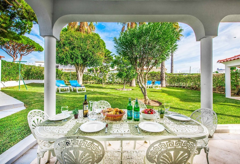 Villa Palmira, Quarteira , Villa, 3 Bedrooms, Private Pool, Balkoni
