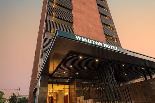โรงแรมวินสตัน