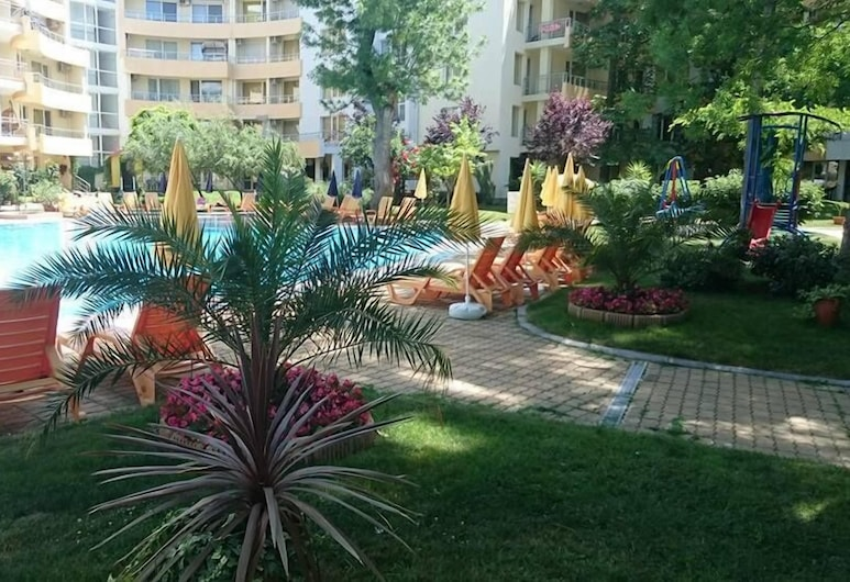 MNG Holiday Apartments, Sunny Beach, Alberca al aire libre