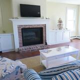 Casa, Varias camas, cocina, vista a la piscina - Sala de estar