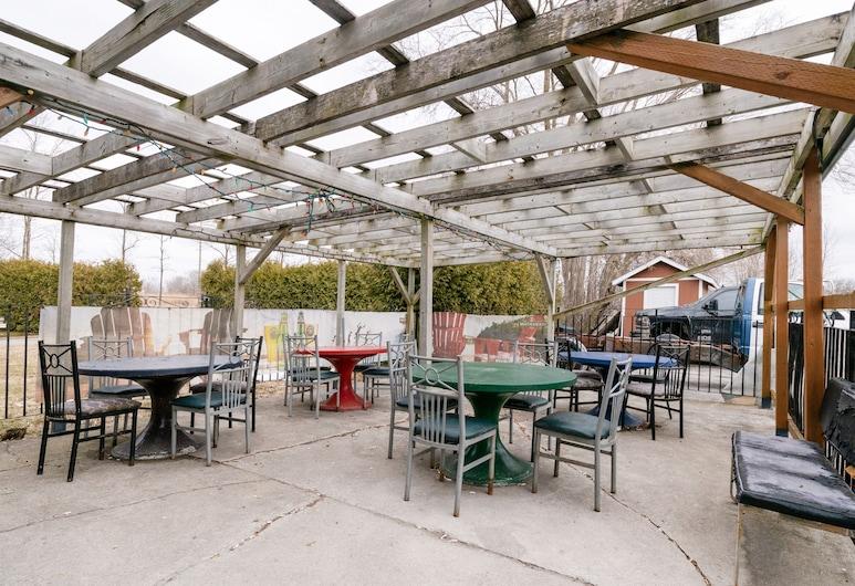 Hotel Beaverton ON - Lake Simcoe, Μπροκ, Γεύματα σε εξωτερικό χώρο