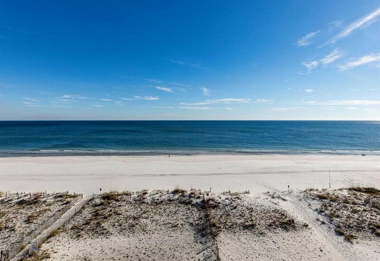 Island Winds West by Meyer Vacation Rentals, Gulf Shores, Condo, 3 Bedrooms, Beach