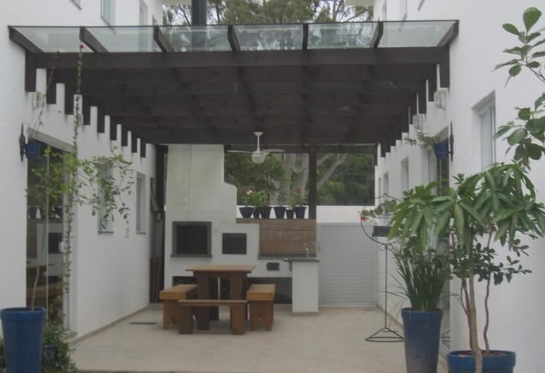 Residencial Marbella, Bombinhas, Front of property