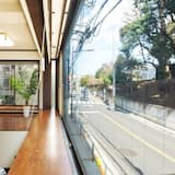Ueno - Living Area