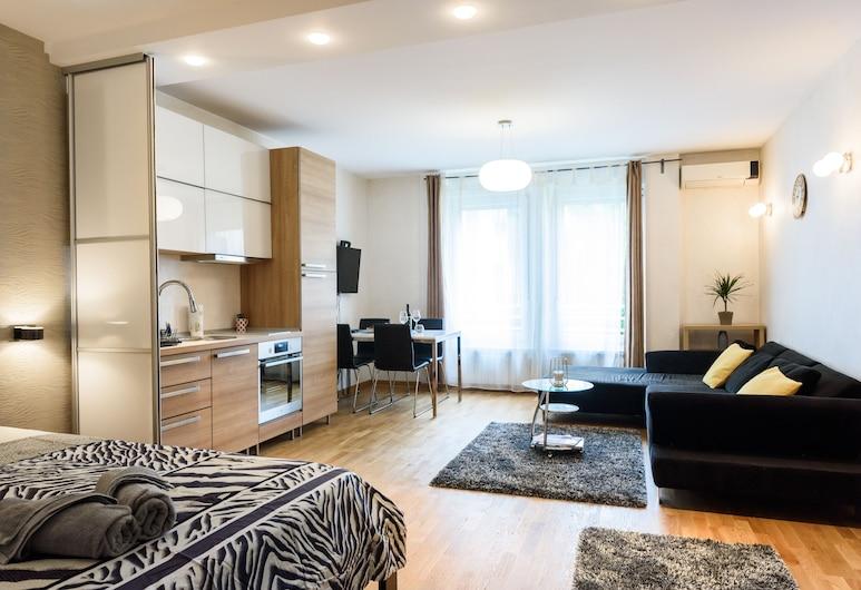 Mona Lux apartman, Belgrad