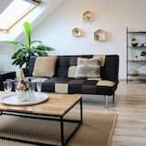 Grand House - Living Area