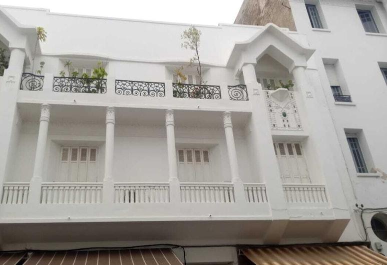 Gheza, Rabat, Fassade der Unterkunft