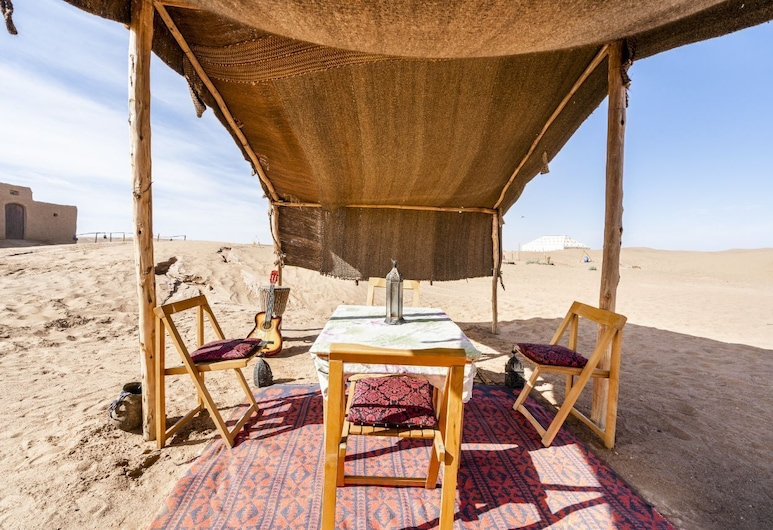 Camp Ayour, M'Hamid El Ghizlane, Outdoor Dining