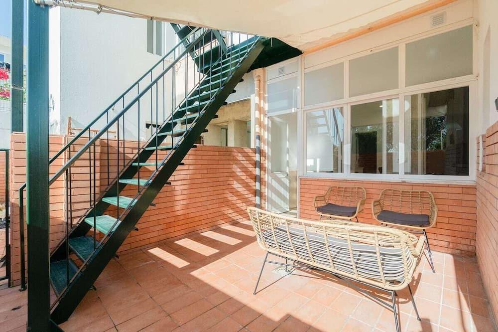 Apartment (2 Bedrooms) - Balcony