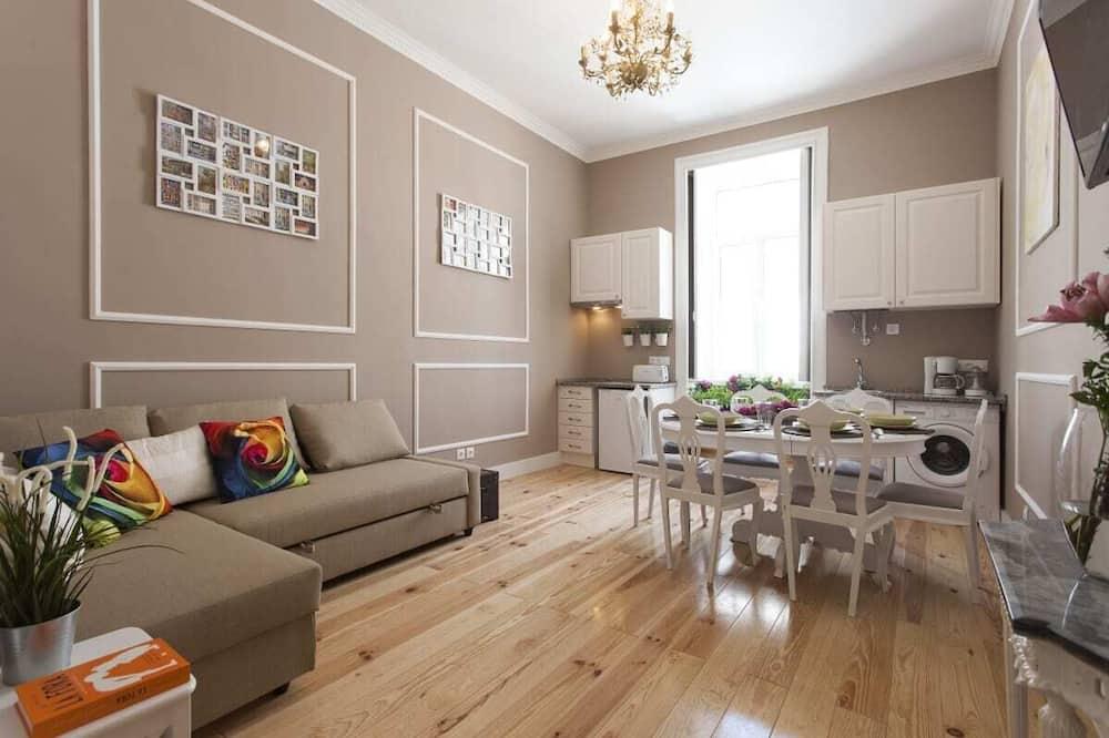 Apartamentai (2 Bedrooms) - Svetainė