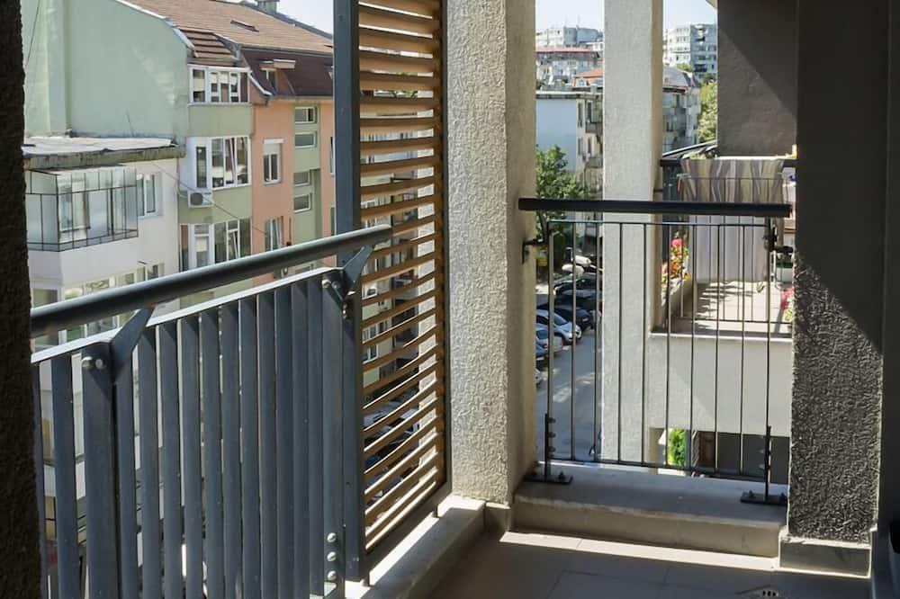 Prabangaus stiliaus apartamentai, 2 miegamieji, balkonas - Balkonas