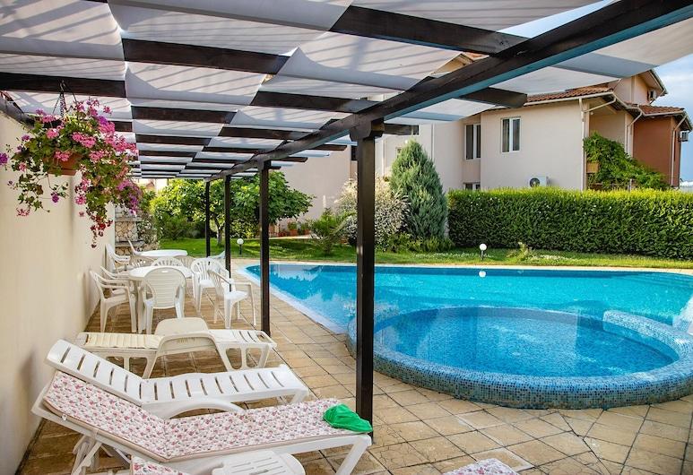FM Premium 1-BDR Apartment with Pool & Parking - Summer Days, Sozopol