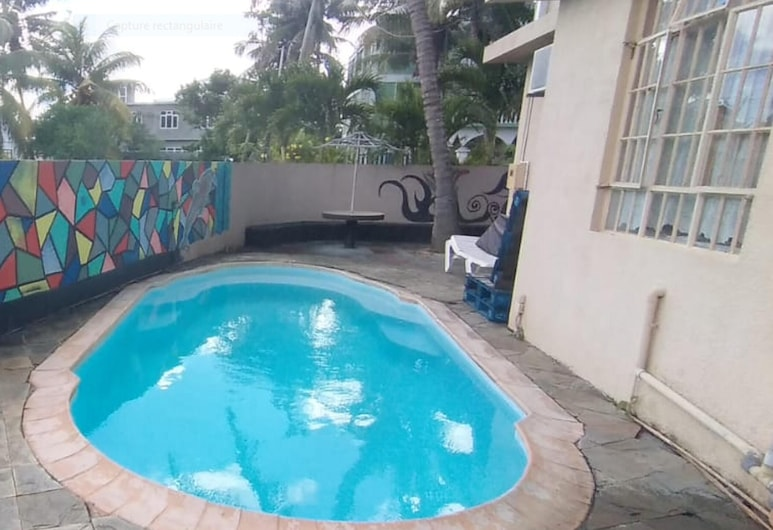 Apartment With 3 Bedrooms in Trou-aux-biches, With Shared Pool, Furnished Balcony and Wifi - 1 km From the Beach, Trou aux Biches