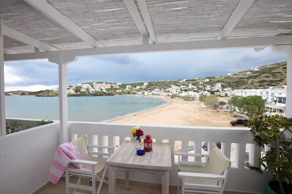 Premium Studio Suite, 1 Bedroom, Beach View - Balcony