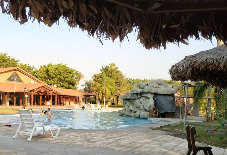 On Vacation La Hacienda, סנטה קרוז
