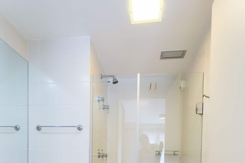 Executive Double Room, Kitchenette (Apto 1407) - Bathroom