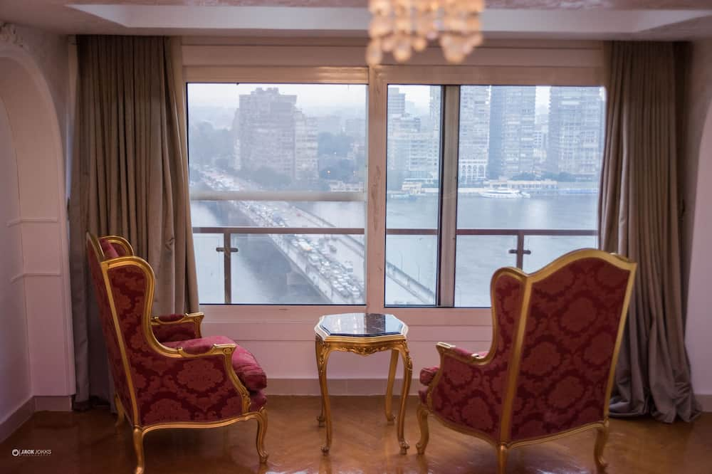 Standard Room, Nile View - 室内のダイニング