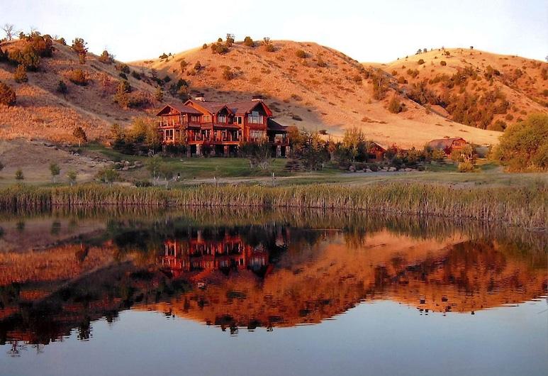 Grey Cliffs Ranch, Three Forks