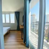 Business Double Room, 1 King Bed, City View - Balcony View