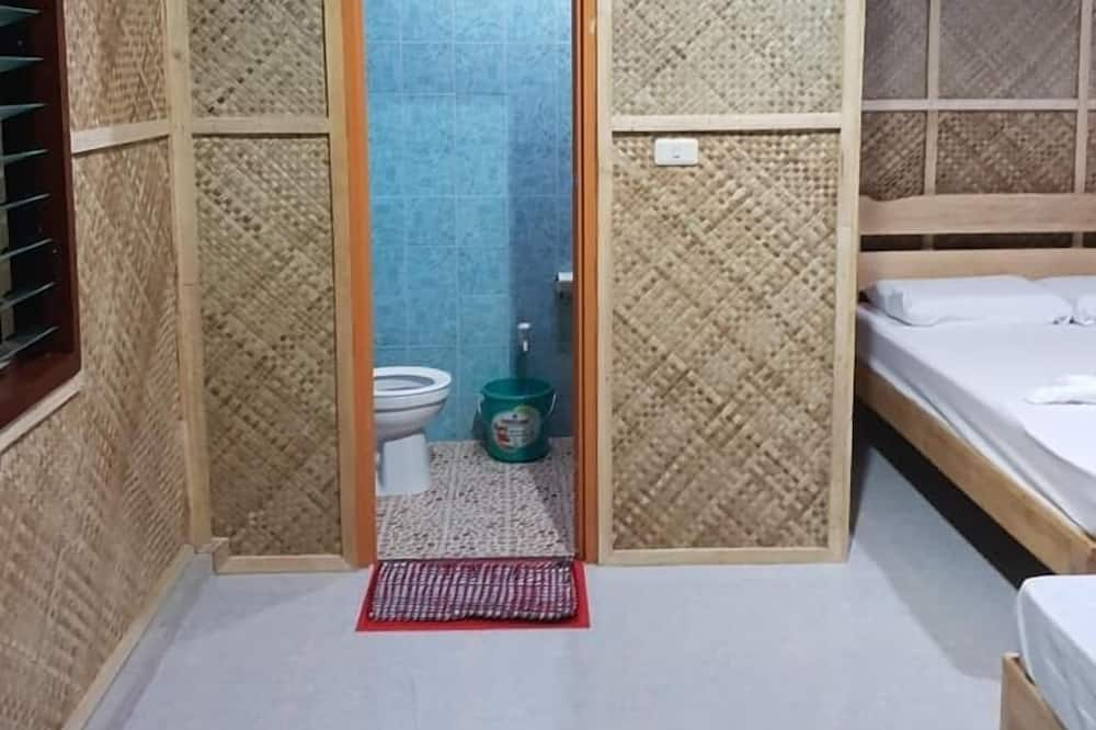 Family Room - Bathroom