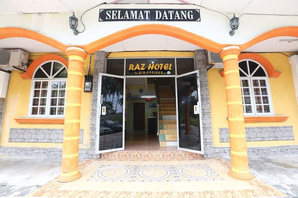 Hotel bejárata