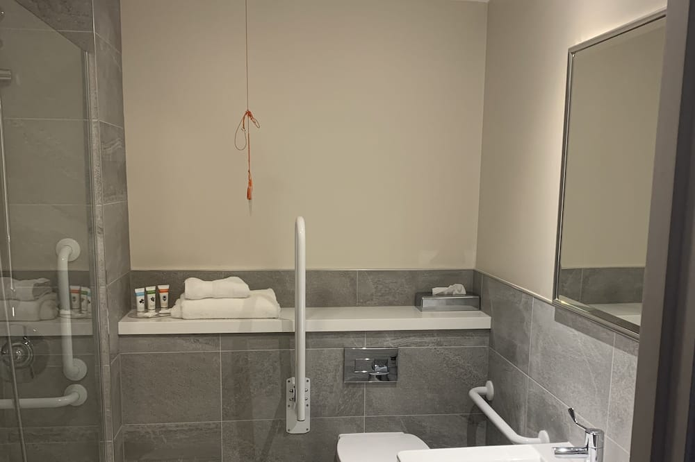 חדר סטנדרט, מיטת קינג, נגישות לנכים, ללא עישון - חדר רחצה