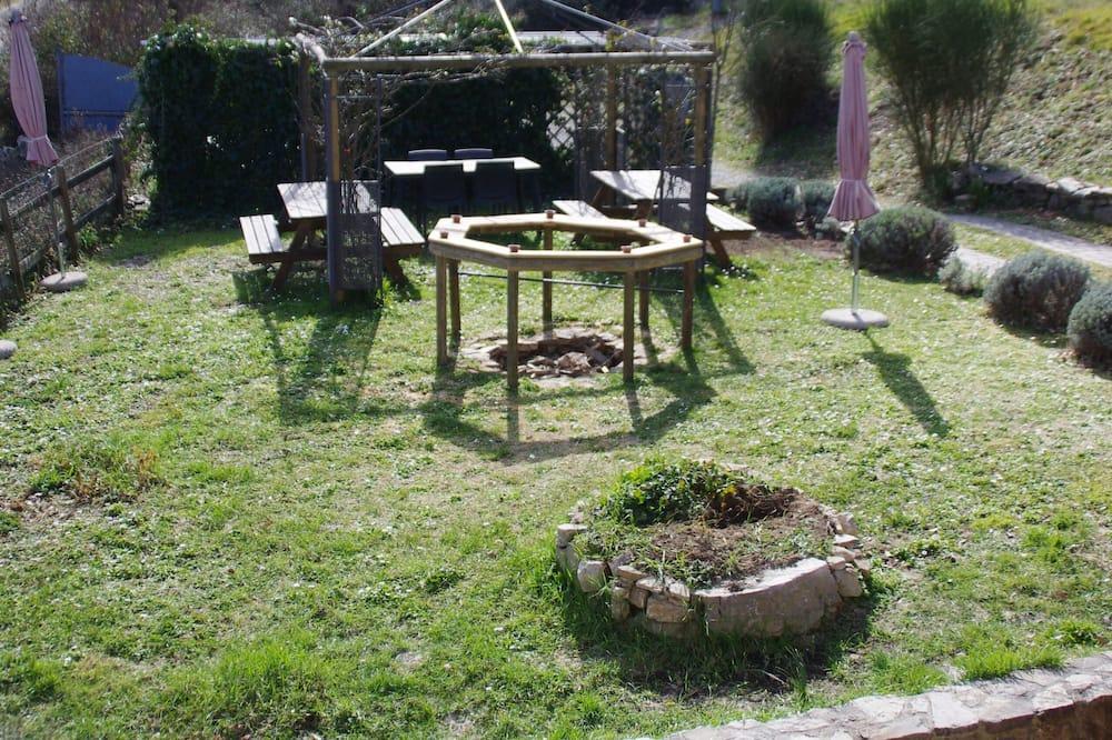 Standard Tek Kişilik Oda, 1 Tek Kişilik XL Yatak, Sigara İçilmez, Bahçe Manzaralı - Bahçe Manzaralı