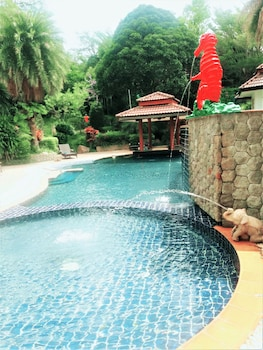 Picture of Thai Modern Resort & Spa in Chalong