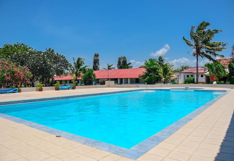ACK Guest House Mombasa, Mombasa, Välibassein