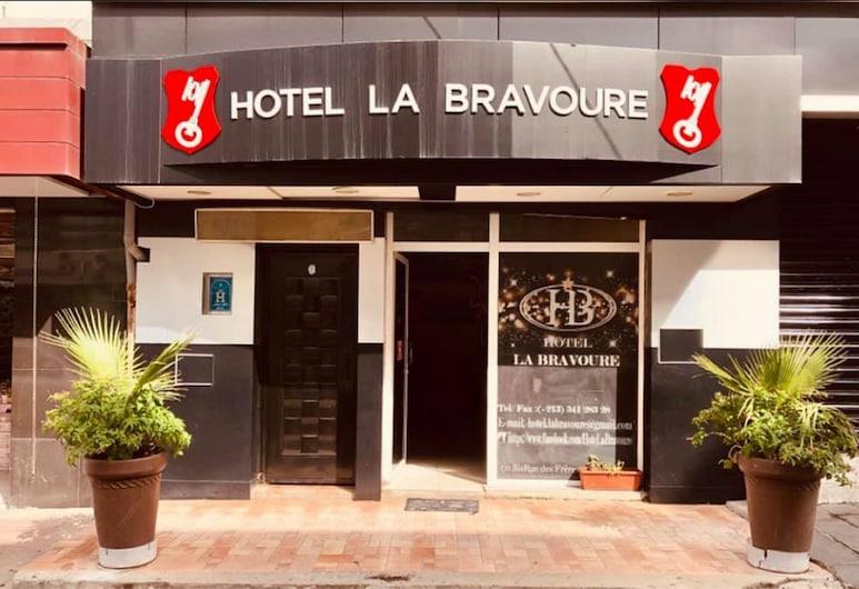 فندق أوتل لا برافور, بجاية