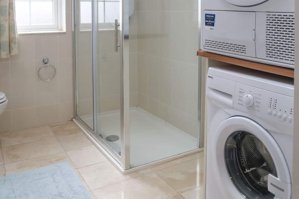 室内の洗濯機 / 乾燥機