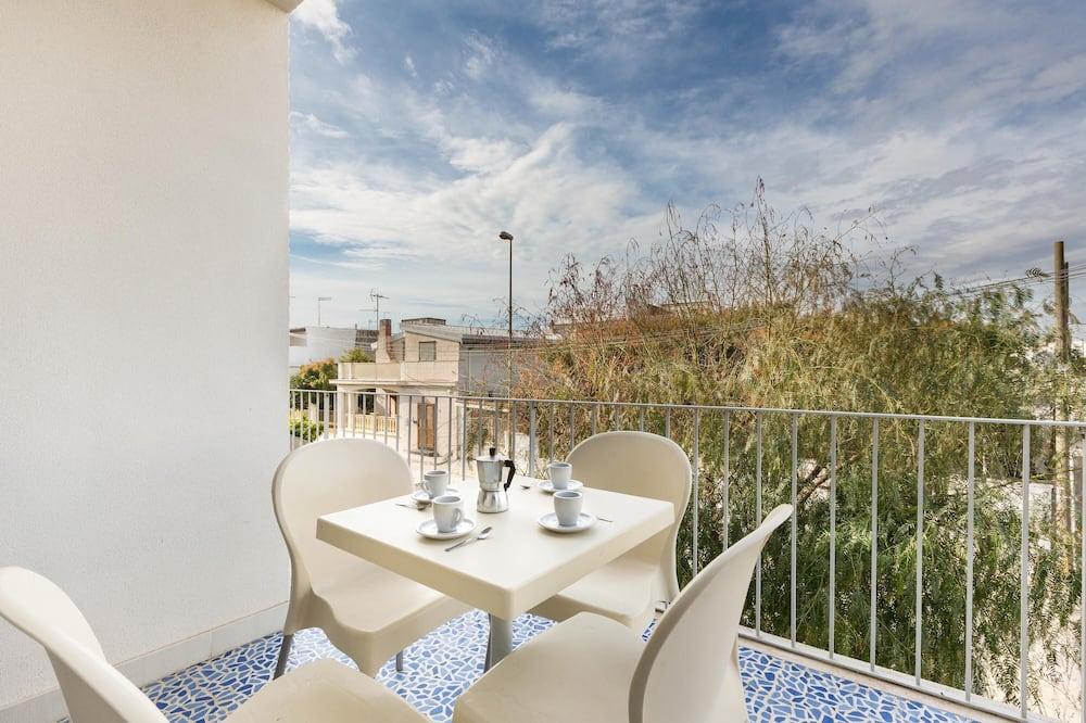 Apartamentai su patogumais, 1 miegamasis (Appartamento 3) - Balkonas