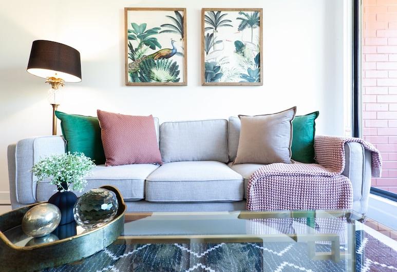 Crown Jewel Darlinghurst, Darlinghurst, Design Apartment, 2 Bedrooms, Living Area