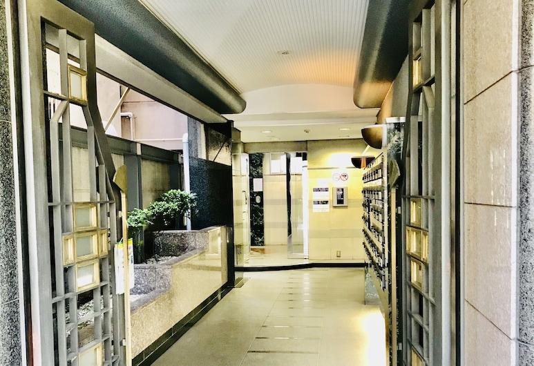 Garden Otsuka 705, Tokyo, Interior Entrance
