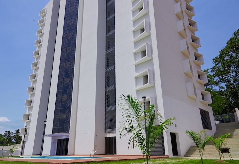 The Bragha Freegate Apartments, Sekondi-Takoradi