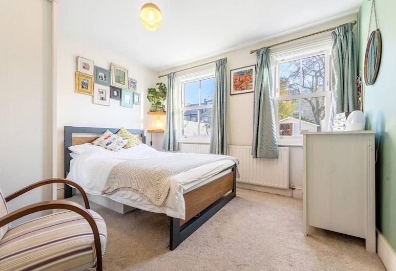 Beautiful 2 Bed Garden Flat in East Putney, Λονδίνο, Δωμάτιο